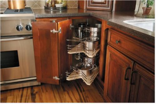 Giải pháp xử lý góc tủ bếp