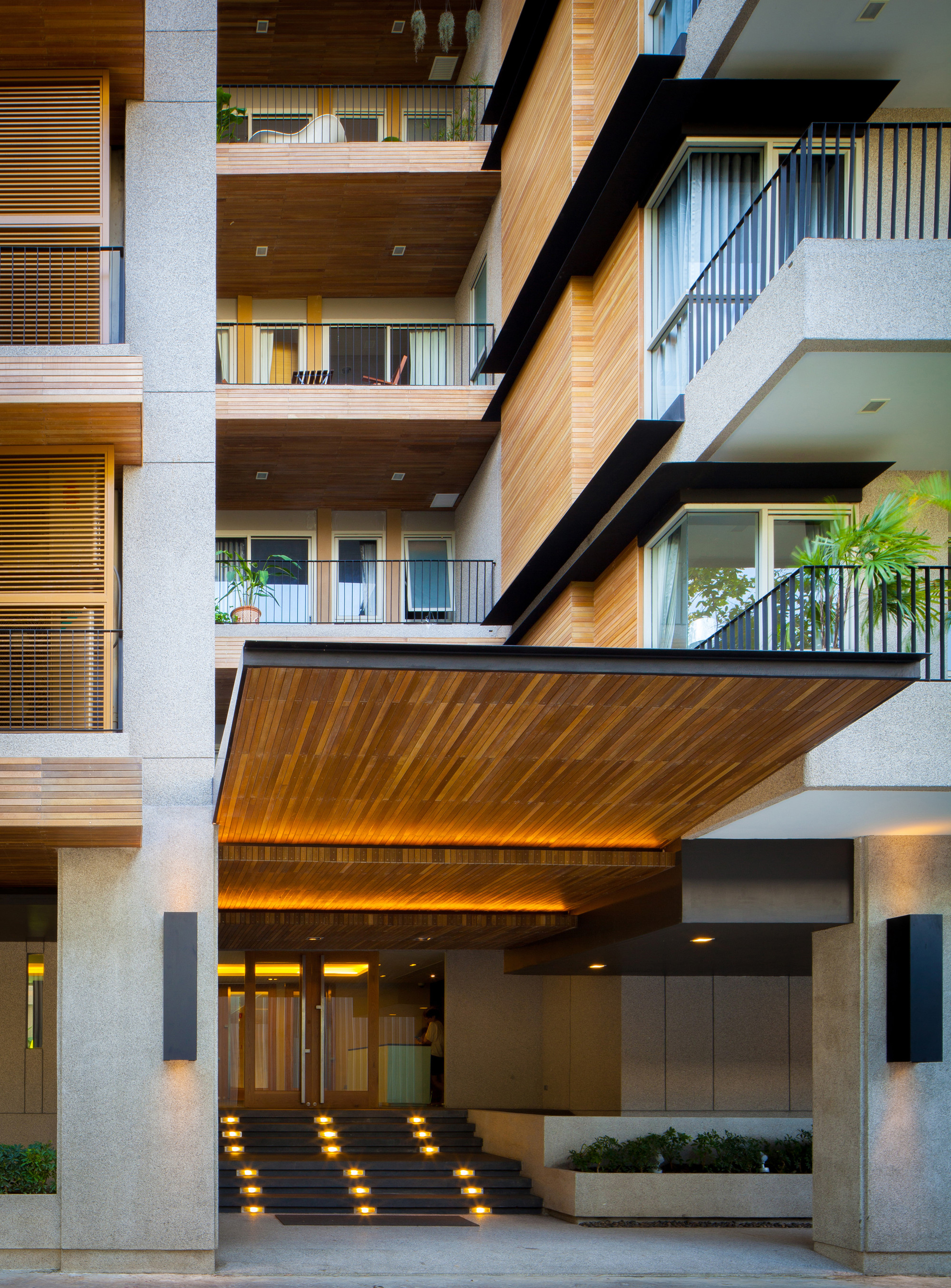 Thiết kế nội ngoại thất đẹp của căn hộ Pine Crest Residence tại Bangkok