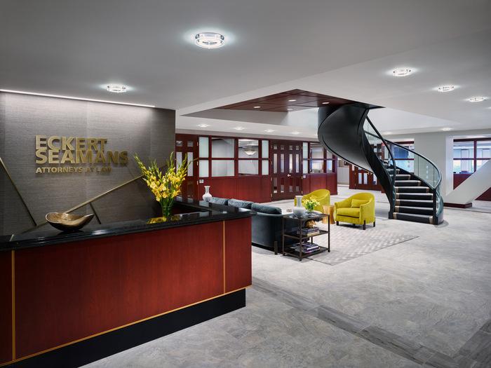 thiết kế nội thất văn phòng luật 3