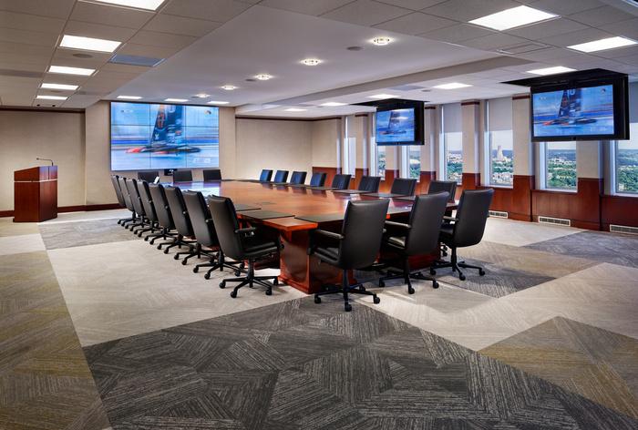 thiết kế nội thất văn phòng luật 6
