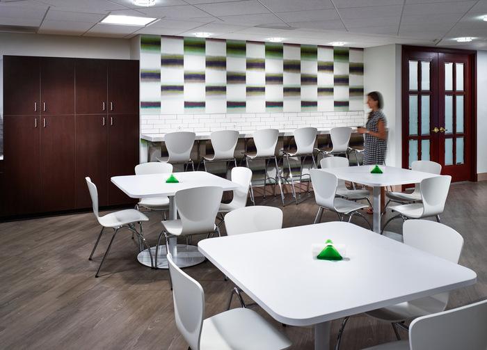 thiết kế nội thất văn phòng luật 7